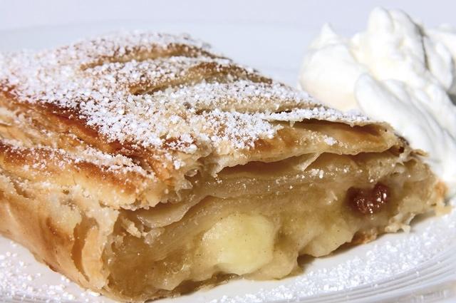 Apfelstrudel im Wenger Haus sieht nicht nur lecker aus, sondern schmeckt auch vorzüglich.