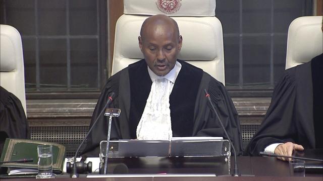 UN-Gerichtshof-Präsident Yusuf bei der Urteilsverkündung